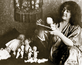 Rose O'Neill and her Kewpies