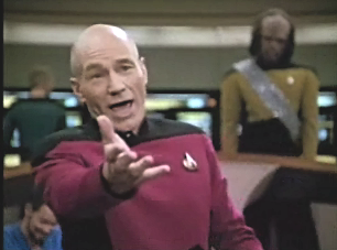 captain-jeanlucpicard-uss-enterprise