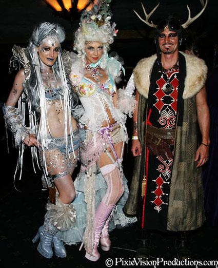 Masquerade_2008218